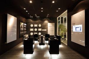 TOTO ISH Frankfurt | Installations | MACH ARCHITEKTUR GmbH