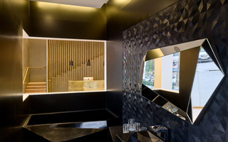 Flagship Boutique | Shop interiors | MACH ARCHITEKTUR