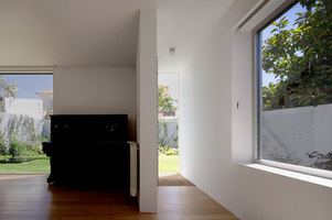 House in Alto da Ajuda | Semi-detached houses | Extrastudio