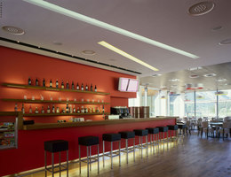 Golf club house | Restaurant interiors | IDA14