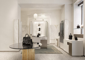 Delvaux Milan | Shop interiors | Vudafieri-Saverino Partners