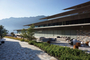 Yunfeng Spa Resort | Therapy centres / spas | Kengo Kuma