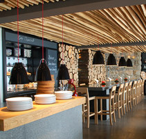 Seven Easy | Intérieurs de restaurant | bert haller innenarchitekten