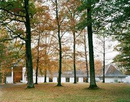 Aussegnungshalle Waldfriedhof Aalen | Edifici sacri/Centri comunali | C18 Architekten BDA