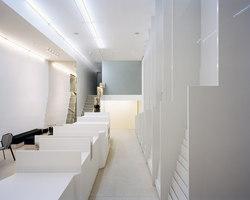 Deutsche Guggenheim Shop | Negozi - Interni | Gonzalez Haase AAS