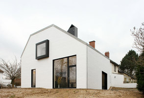 House Satiya | Detached houses | adn architectures