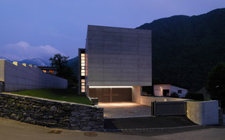 House in Lumino | Detached houses | Davide Macullo Architetto