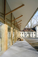 Restauration Center | Scuole | UTArchitects