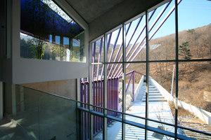 Purple Hill House | Detached houses | IROJE KHM Architects
