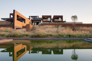 House Boz | Detached houses | Nico van der Meulen Architects