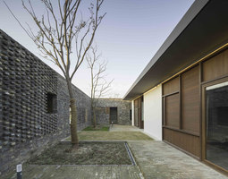 The Walled - Tsingpu Yangzhou Retreat | Hotels | Neri & Hu Design and Research Office