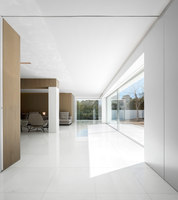 House between the pine forest | Detached houses | Fran Silvestre Arquitectos