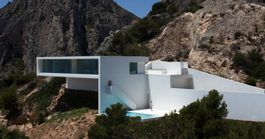 House on the cliff | Detached houses | Fran Silvestre Arquitectos
