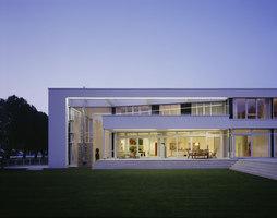 Villa zum Rhein | Einfamilienhäuser | Dibelius Architekten