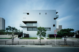 INTEFEEL | Apartment blocks | Tsubasa Iwahashi Architects