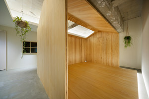A hut on the corridor | Office facilities | Tsubasa Iwahashi Architects
