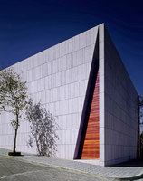 Mourning House | Church architecture / community centres | Pascal Arquitectos
