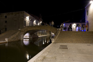 Comacchio Historical Centre | Public squares | Giordana Arcesilai