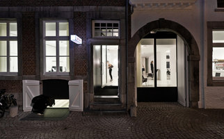 Hotel and Swimclub Zenden | Manufacturer references | LAUFEN BATHROOMS