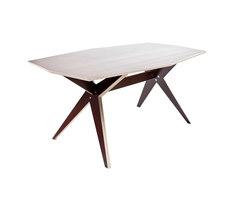 NW 208 TABLE | In via di lavorazione | Kyburz Produktdesign