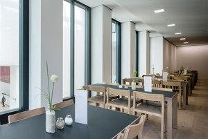 TaunusTurm | Restaurantes | Zeitraum