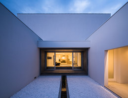 Courtyard House M | Detached houses | FORM / Kouichi Kimura Architects