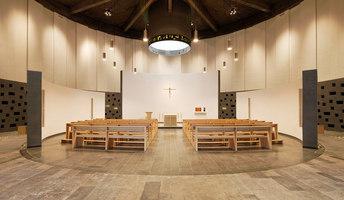 Kath. Kirche Hl.Familie Kirche & Kolumbarium | Manufacturer references | stglicht