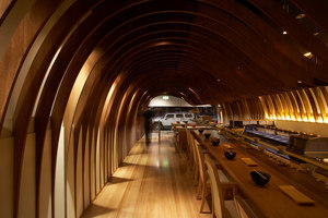 Cave Restaurant (Sushi Train) | Intérieurs de restaurant | Koichi Takada Architects