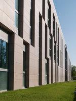Cedacri Group Headquarter | Manufacturer references | Casalgrande Padana