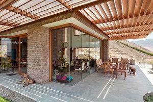 Casa Azpitia | Manufacturer references | Casalgrande Padana