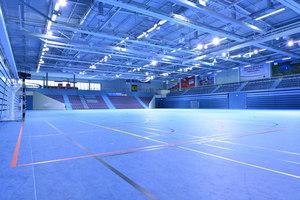 Schwalbe Arena und Halle 32, Gummersbach | Manufacturer references | JUNG