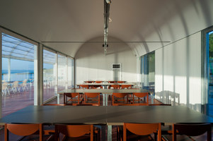 RESTAURANT ON THE SEA | Restaurantes | CASE-REAL