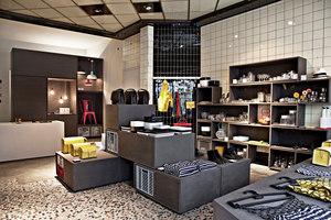 UTENSIL STORE | Shops | Jörg Mennickheim