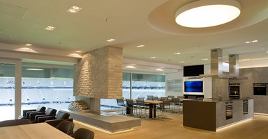 Siemens cookingLounge in der Münchener Allianz Arena  | Manufacturer references | Thonet