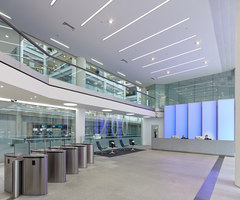 200 Gray's Inn Road, London | Manufacturer references | Luminous Surfaces (Color Kinetics)