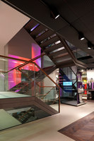Laurèl flagship store Munich | Manufacturer references | Philips Lighting