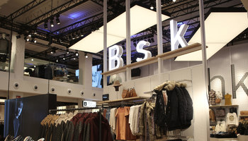 Bershka | Manufacturer references | Large Luminous Surfaces (Signify)