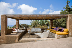 A dwelling in Pantelleria | Manufacturer references | Driade