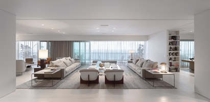 Barra da Tijuca Apartment | Living space | Arthur Casas