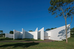 Fazenda Boa Vista | Detached houses | Isay Weinfeld