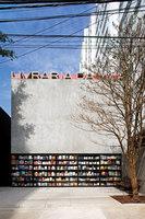 Livraria da Vila | Negozi | Isay Weinfeld