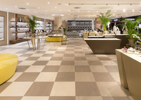 Jelmoli Shoe Shop | Manufacturer references | Mosa reference projects