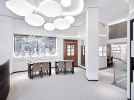 Jäggi Uhren & Bijouterie AG | Shop interiors | DOBAS AG