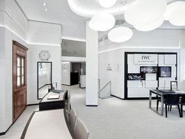 Jäggi Uhren & Bijouterie AG | Negozi - Interni | DOBAS AG