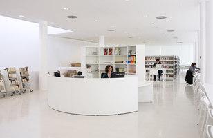 Cultural Center in Montbui | Verwaltungsgebäude | Pere Puig Arquitecte