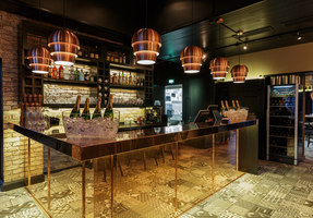 August von Trappe – Belgian Bistro & Bar | Bar-Interieurs | Visionary Design Partners Helsinki