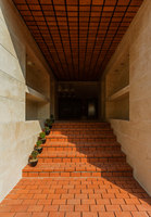 Cloaked in Bricks | Urbanizaciones | Admun Design & Construction Studio