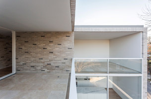 Casa Esquina | Detached houses | Nicolas Pinto da Mota