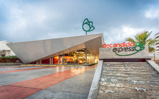 De Candido Express Supermarket | Shoppingcenter | NMD | NOMADAS