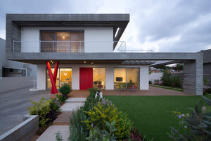 Concrete house | Detached houses | Ron Shenkin Studio